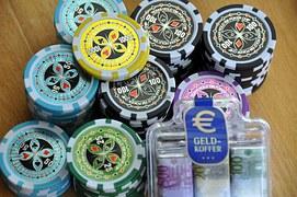 gambling-593210__180-1